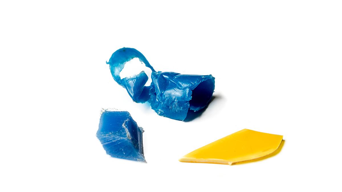 Das Food Radar erkennt nicht nur Fremdkörper mit hoher Dichte, wie etwa Metall, Glas und Stein. Es detektiert auch Fremdkörper mit niedriger Dichte, zum Beipiel Weichplastik, Fruchtsteine und Gummi. (Foto: © Food Radar Systems)