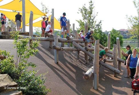 Smale-Riverfront-Park--Play-4