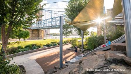Urban planning: Smale Riverfront Park - adventure playground
