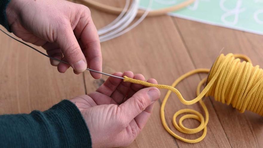 Jutta Nowak: Knitted paper tube 4