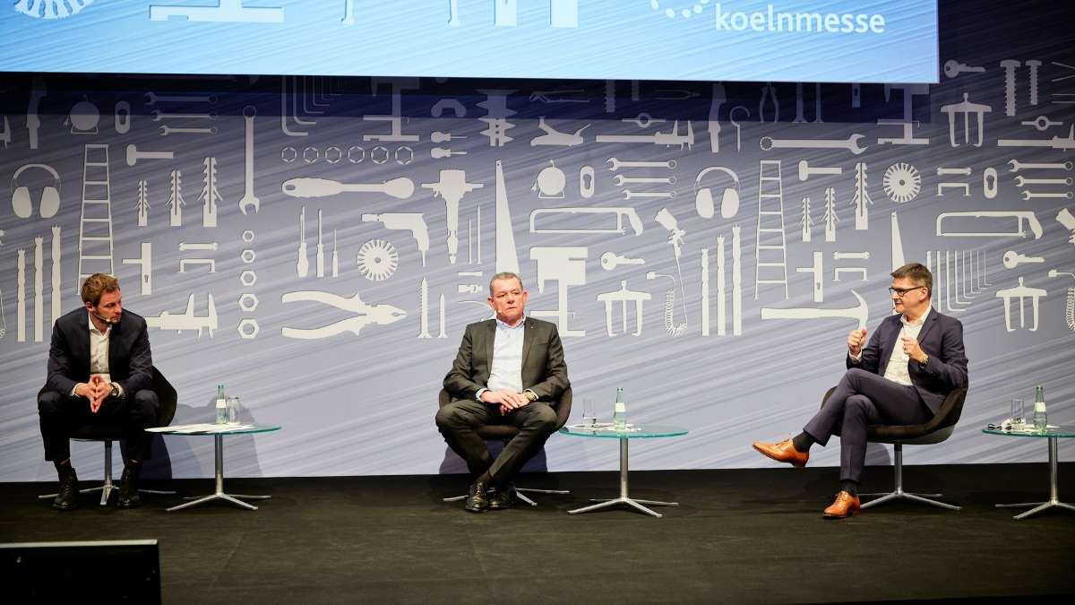 Digital European Press Conference, Cologne, Dieter Könnens, Host, Wolfgang J. Kirchhoff, Chairman of the AdvisoryBoard of EISENWARENMESSE, Oliver Frese Chief Operating Officer