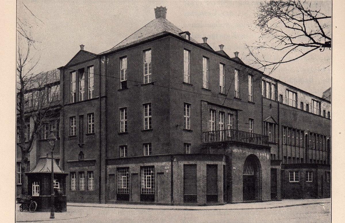 """The Kölner Werkschulen in the """"red house"""""""