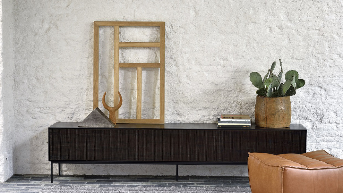 Teak Grooves TV cupboard from Ethnicraft