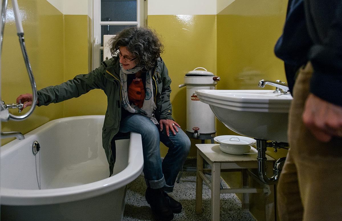 Germania Siedlung bathroom