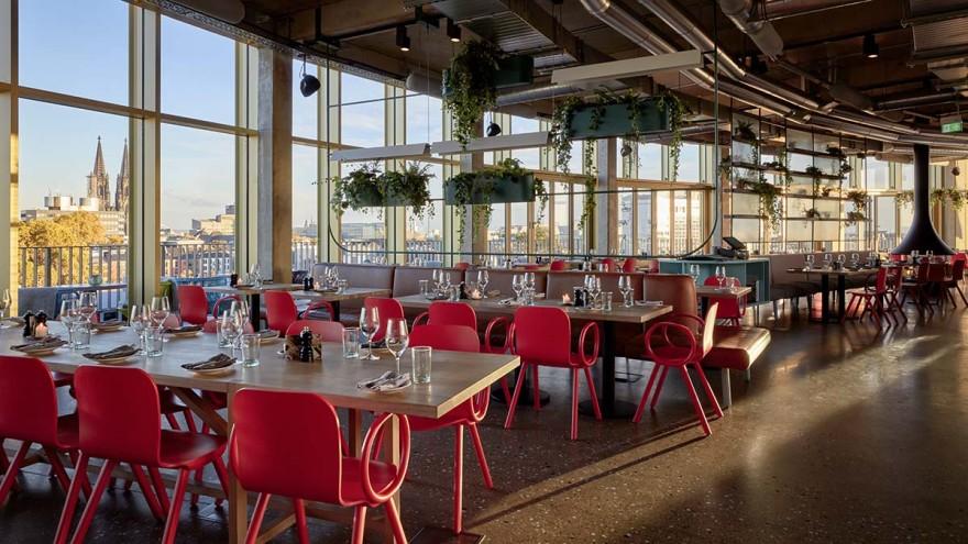 Restaurant mit Domblick von jedem Platz