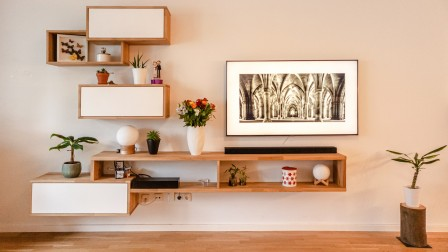 Start-up Pickawood manufactures individual sustainable shelves