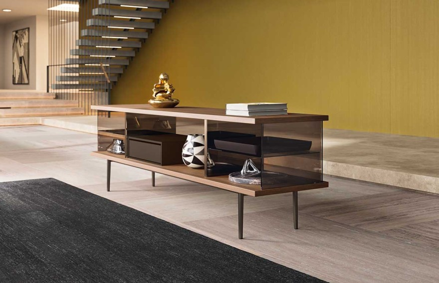 The Farns by Walter Knoll