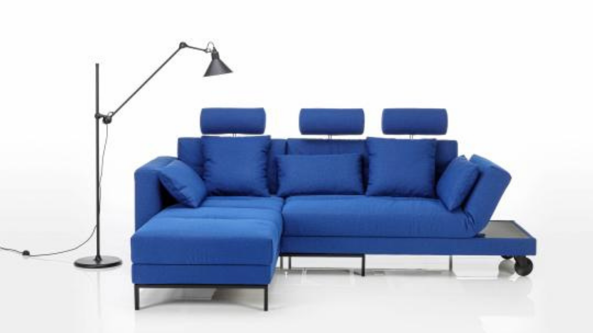 Sofa in blue from Brühl & Sippold