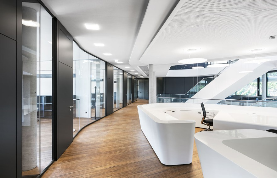 Nimbus realises a novel lighting control system with the wireless networking of LED lights