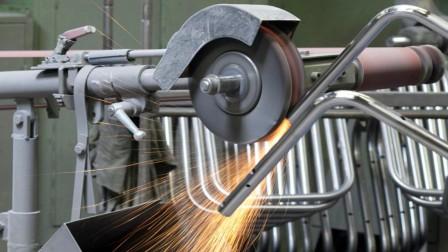 Stahlrohrherstellung bei Thonet