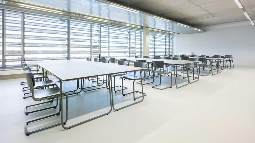 PBSA table Thonet, Hochschule Düsseldorf