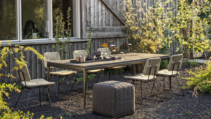 "Italian outdoor furniture ""Echoes Outdoor"" from Flexform"