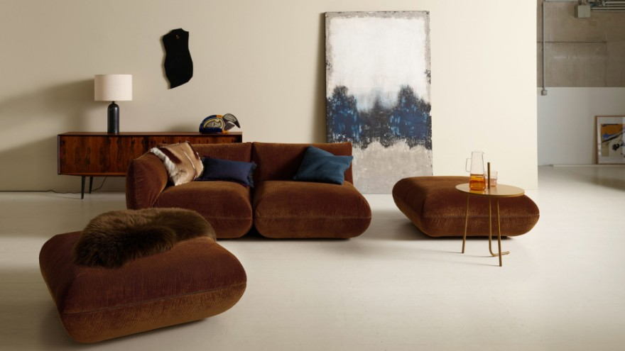 The cosy Jalis21 sofa by COR