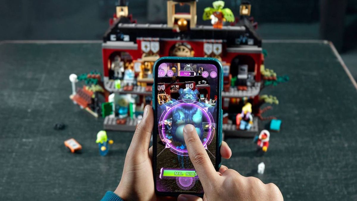 Analog vs. digital: Duel in the toy chest?